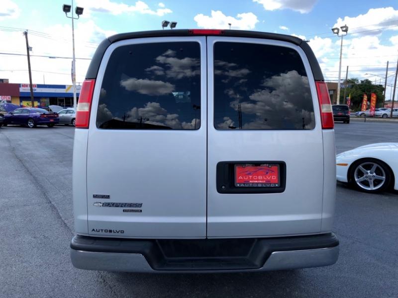 Chevrolet Express Passenger 2011 price $0