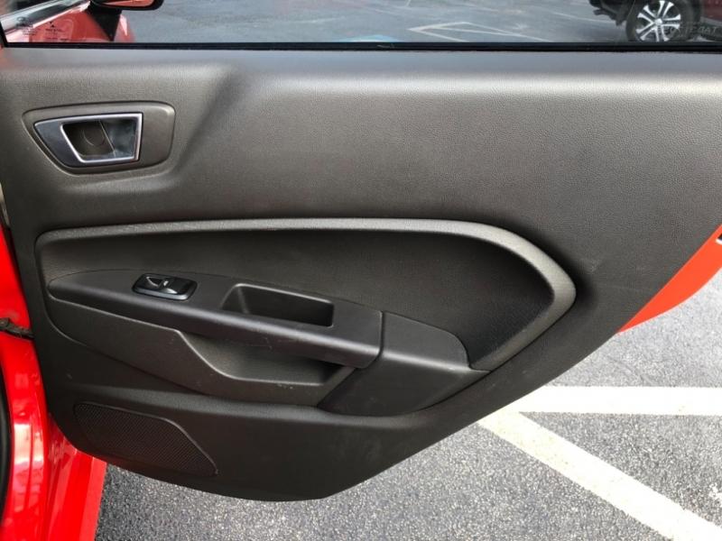 Ford Fiesta 2014 price $12,477