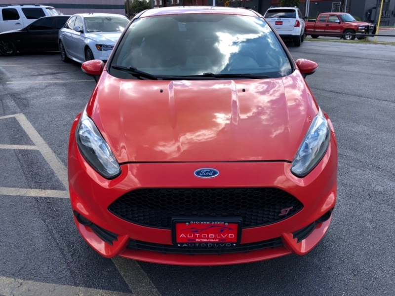 Ford Fiesta 2014 price $12,477