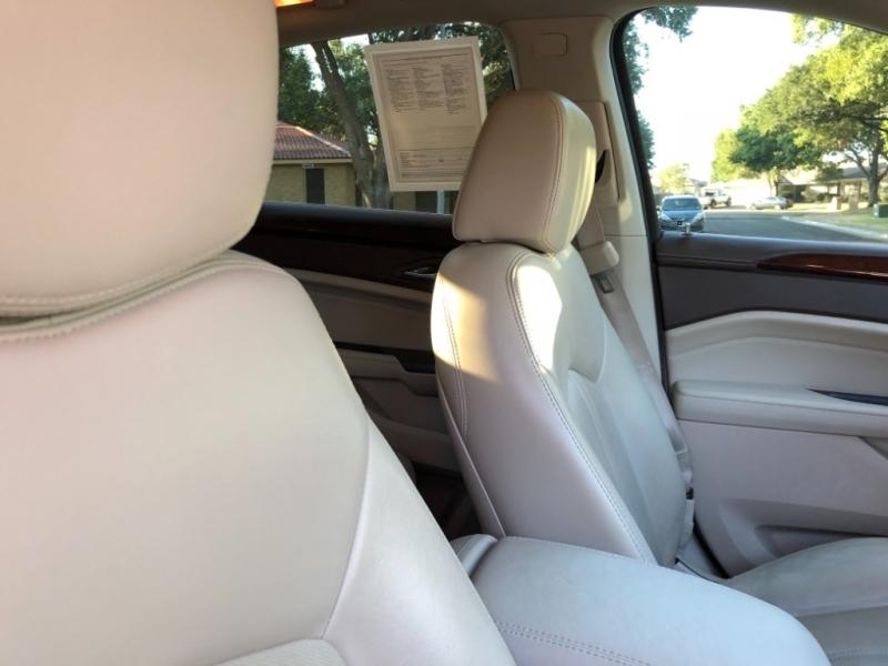 Cadillac SRX 2013 price $14,997