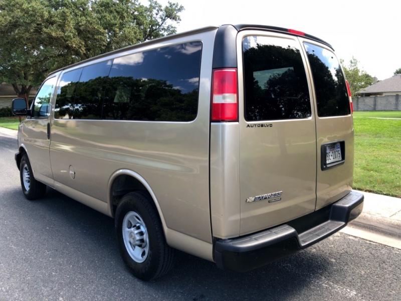 Chevrolet Express Passenger 2013 price $15,900
