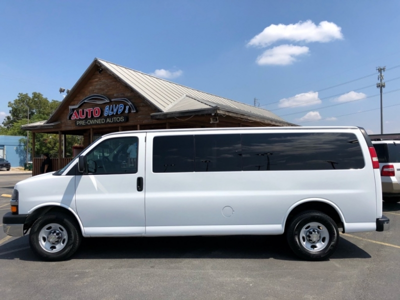 Chevrolet Express Passenger 2013 price $17,997