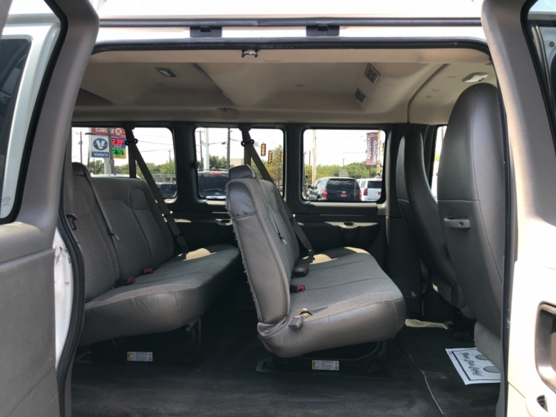 Chevrolet Express Passenger 2013 price $17,997