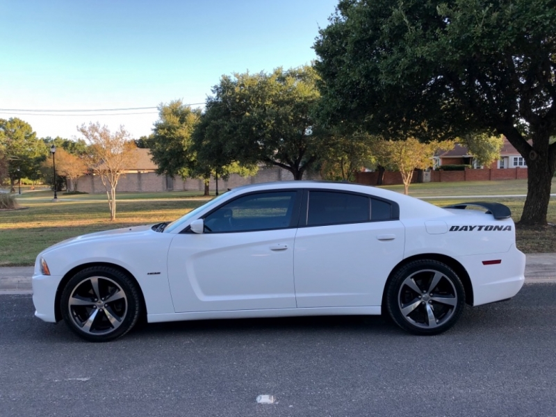 Dodge Charger 2013 price $16,997