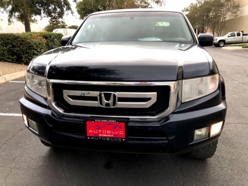 Honda Ridgeline 2009 price $10,997