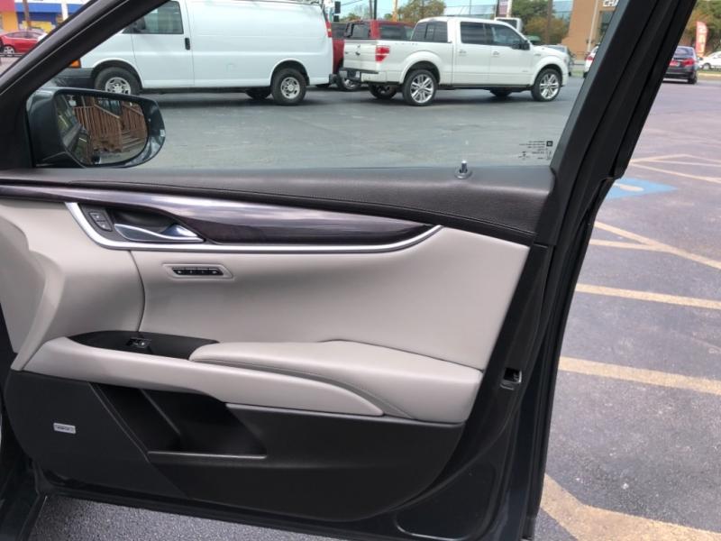 Cadillac XTS 2014 price $19,500