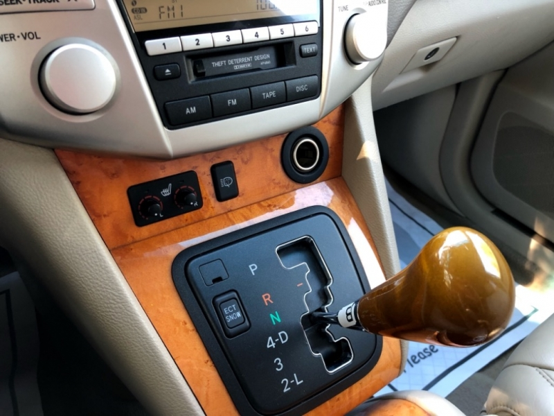 Lexus RX 330 2006 price $10,400