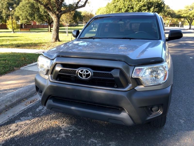 Toyota Tacoma 2014 price $11,400