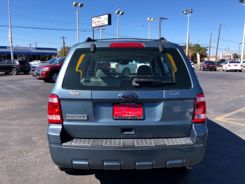 Ford Escape 2011 price $0