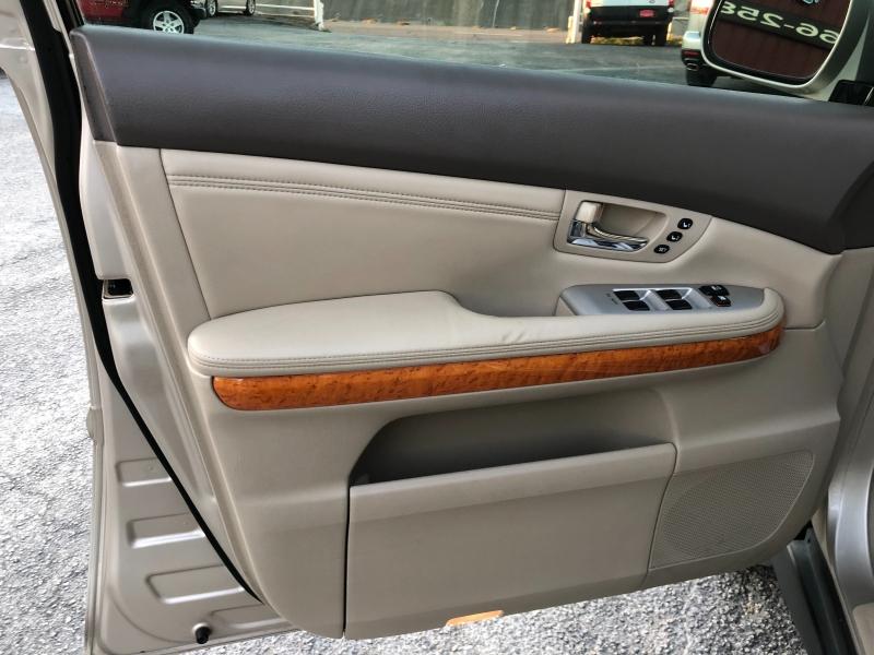 Lexus RX 330 2006 price $7,700