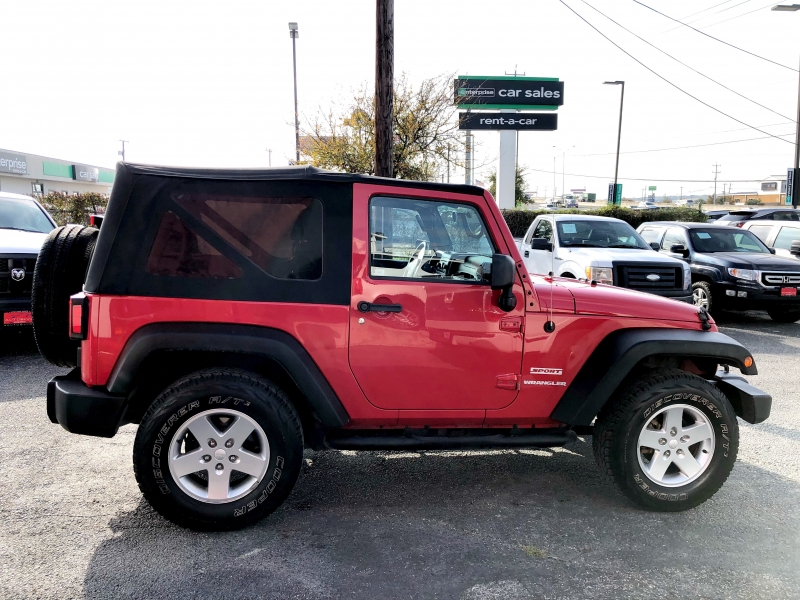 Jeep Wrangler 2011 price $15,888