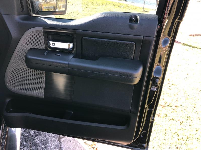 Lincoln Mark LT 2008 price $11,997