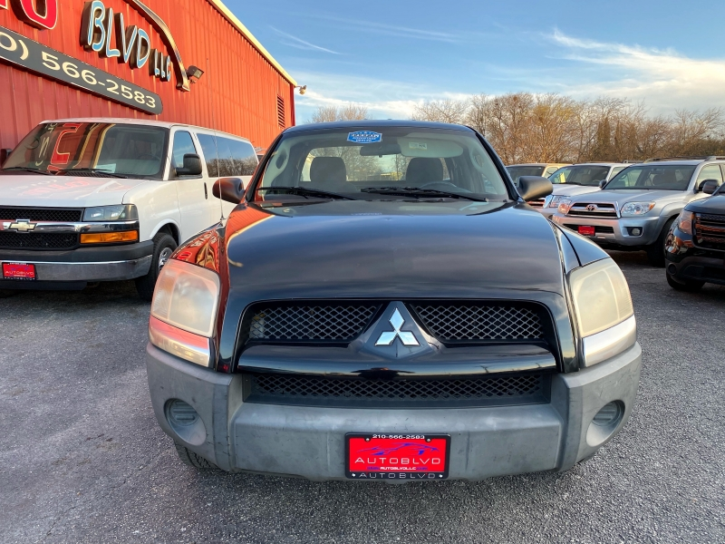 Mitsubishi Raider 2008 price $7,800