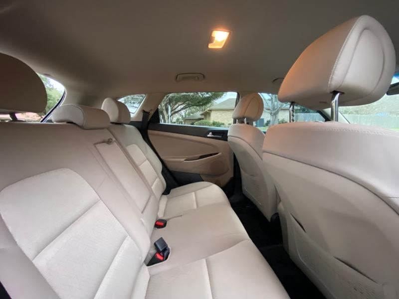 Hyundai Tucson 2016 price $12,997