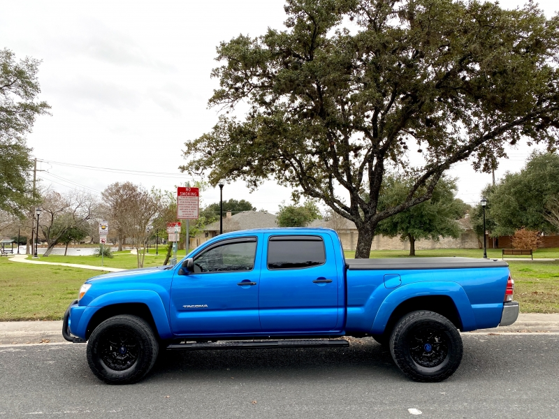 Toyota Tacoma 2009 price $14,500