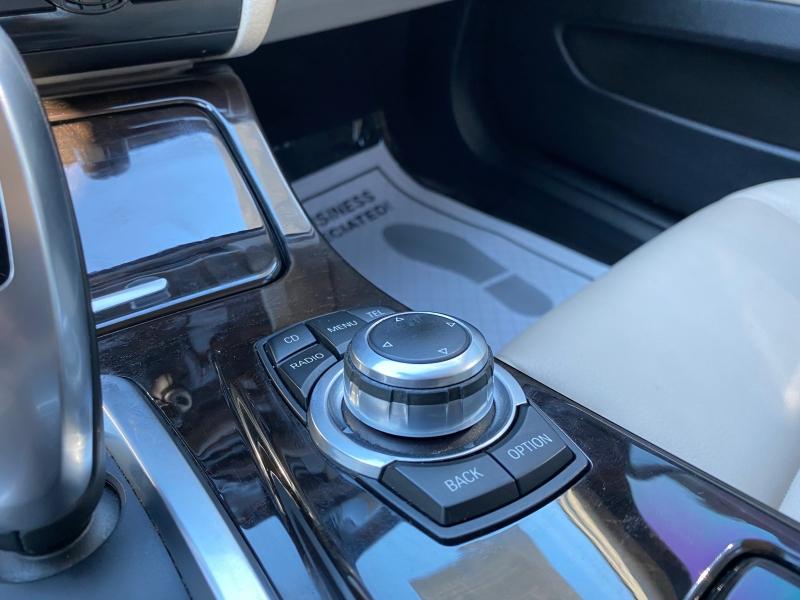 BMW 5-Series 2011 price $12,800