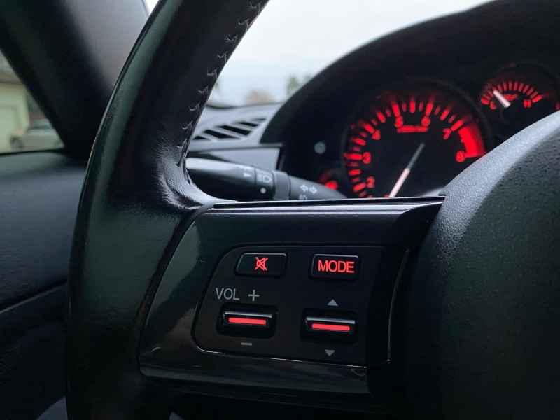 Mazda MX-5 Miata 2013 price $13,800