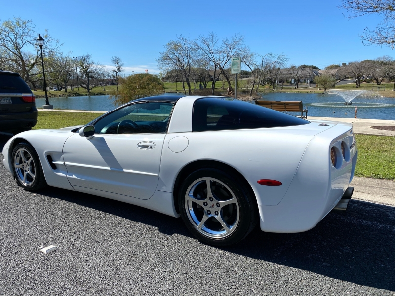 Chevrolet Corvette 2004 price $11,997