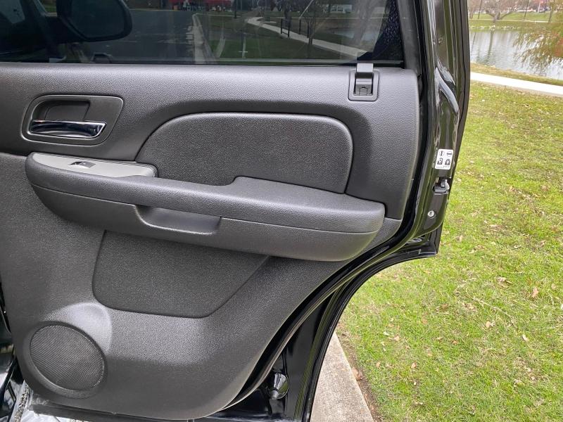 Chevrolet Tahoe 2011 price $17,997