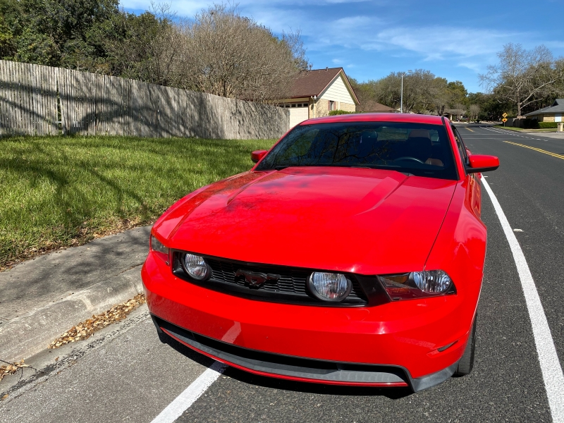Ford Mustang 2011 price $16,997