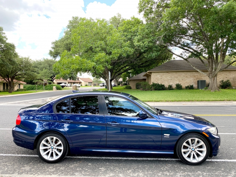 BMW 3-Series 2011 price $9,700