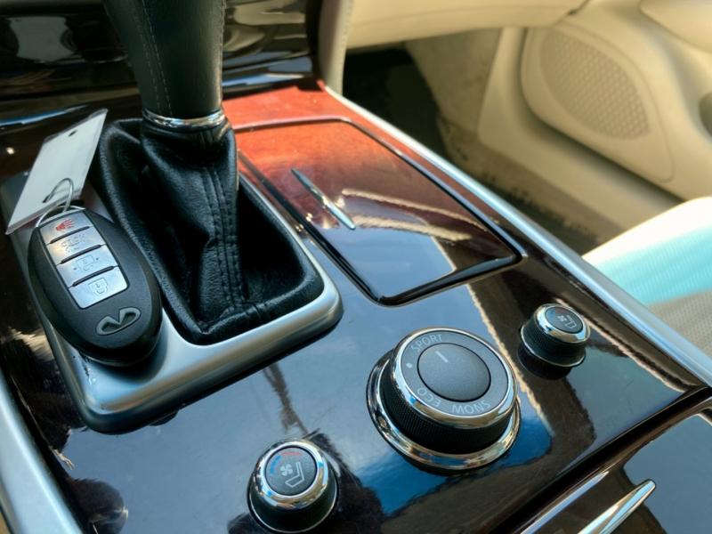 Infiniti M37 2011 price $14,777