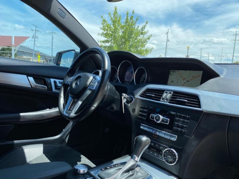 Mercedes-Benz C-Class 2015 price $0