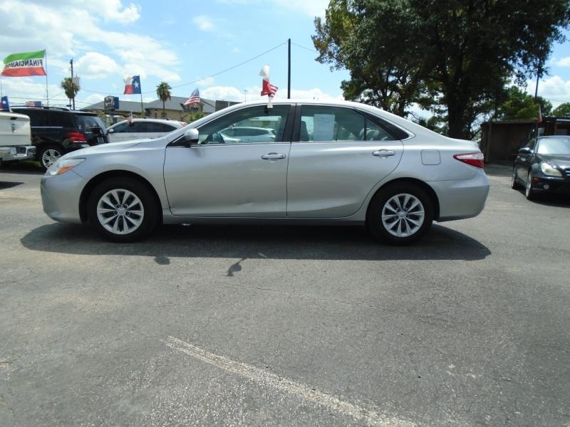 Toyota Camry 2015 price $9,495