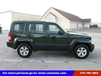 2011 Jeep Liberty 4WD 4dr Sport/ FREE SERVICE CONTRACT!!