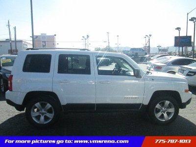 2014 Jeep Patriot 4WD Limited 59K miles!! Super clean!!