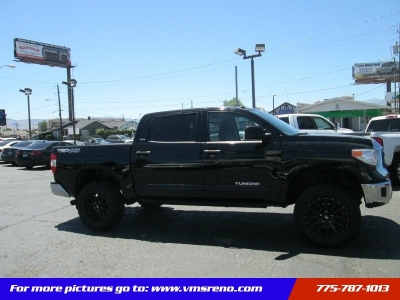 2015 Toyota Tundra 4WD Truck CrewMax 5.7L V8 Lifted, LOW MILES!!