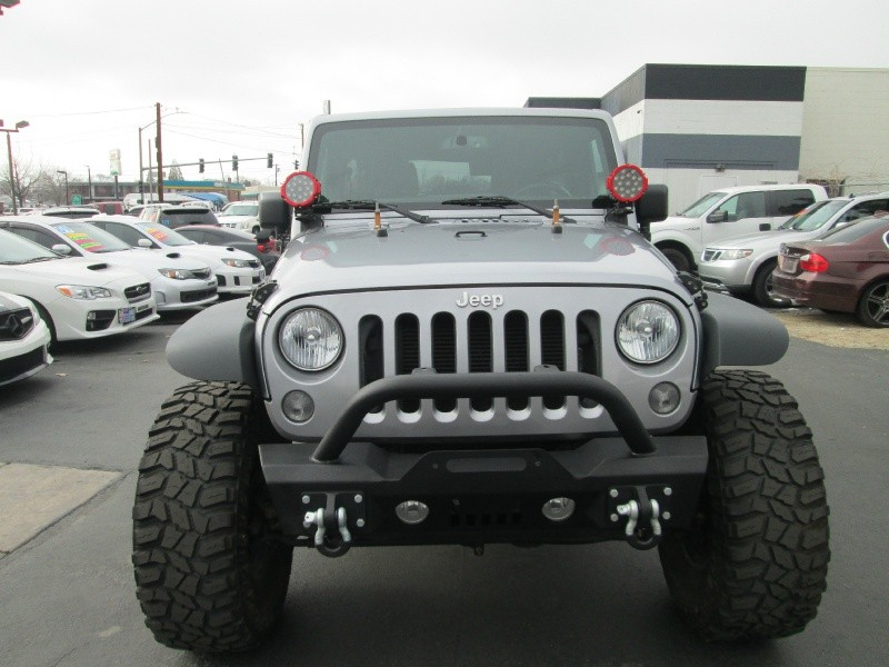 Jeep Wrangler Unlimited 2015 price $33,995