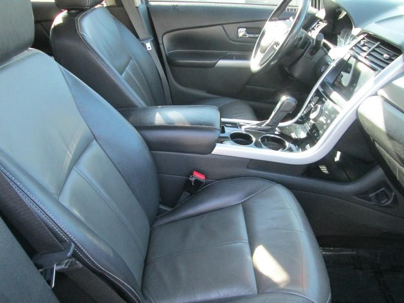 Ford Edge 2011 price $13,599
