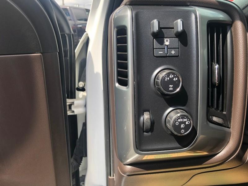 Chevrolet Silverado 3500HD, LTZ, LOADED!!! 2015 price $42,995