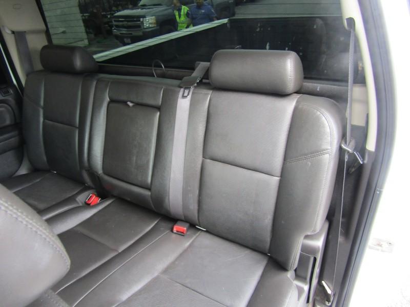GMC Sierra 2500HD 2011 price $41,995