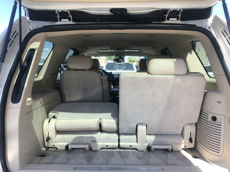 Cadillac Escalade, AWD, Loaded, ONLY 79K Miles!!!! 2007 price $19,995