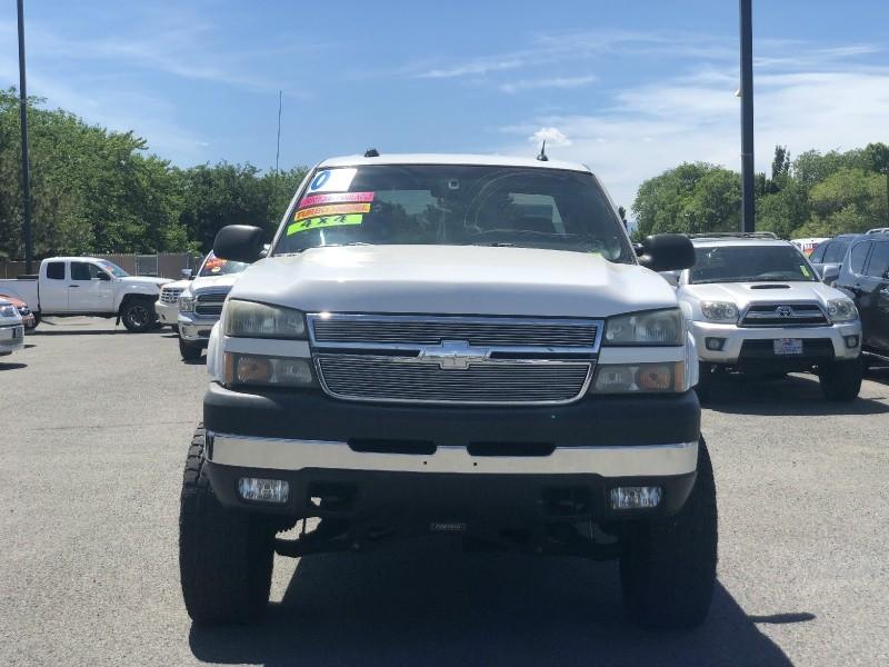 Chevrolet Silverado 2500HD, Duramax, Loaded, Only 125k miles 2005 price $23,795