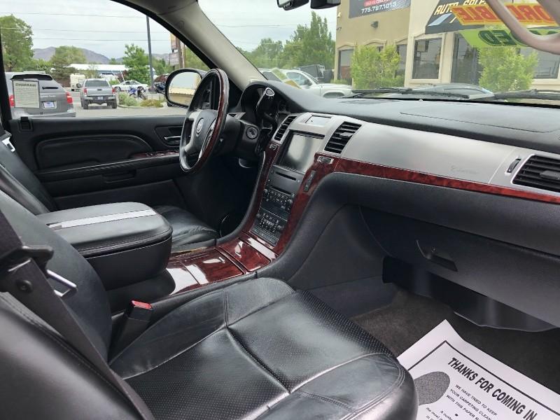 Cadillac Escalade ESV, AWD, LOADED!!! 2008 price $19,995