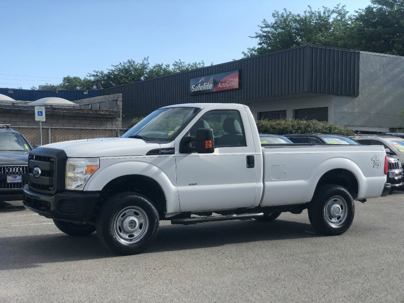Ford Super Duty F-250, ONLY 40K MILES!!! 2011 price $22,995