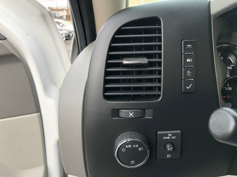 GMC Sierra 2500HD, Wheels, CLEAN, Leather!!! 2011 price $19,995