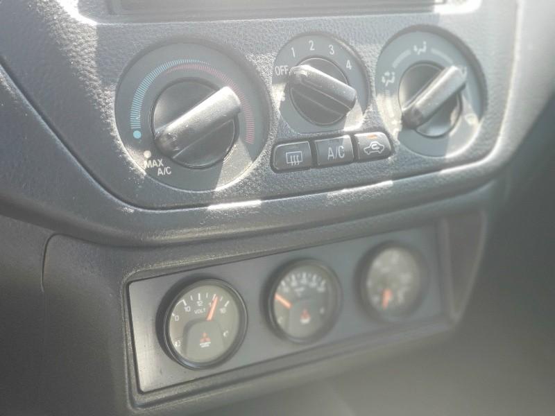 Mitsubishi Lancer 2006 price $24,995