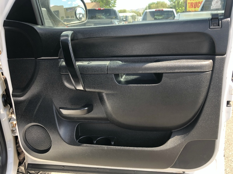 Chevrolet Silverado 1500 LT, Only 30K Miles, Clean!! 2012 price $24,395