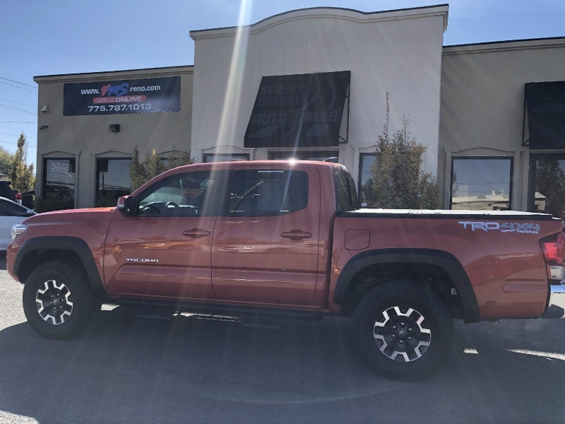 Toyota Tacoma TRD Offroad, ONLY 16k MILES, LIKE NEW, TRD 2017 price $33,995