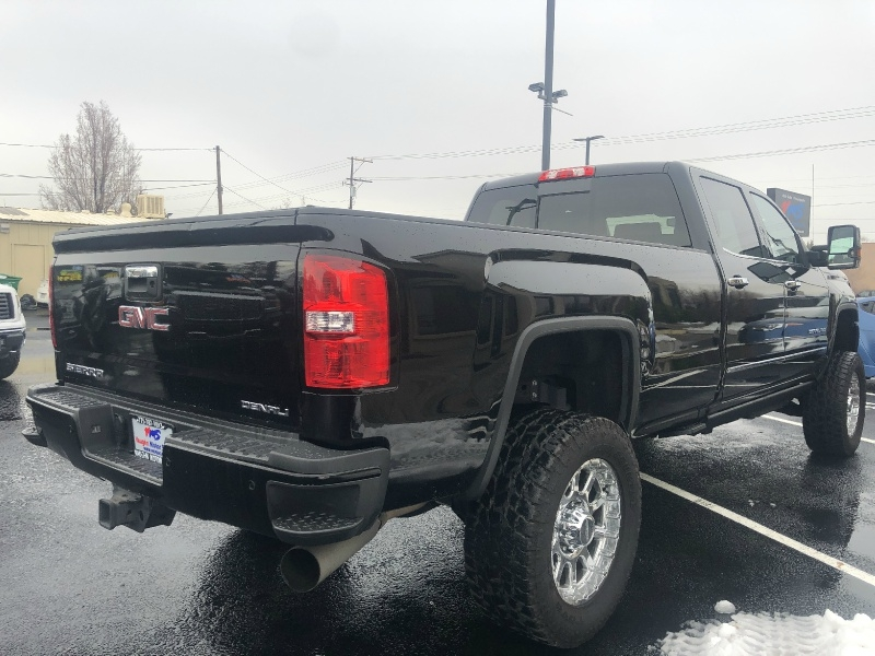 GMC Sierra 3500HD Denali Duramax, LIFTED, LOADED!!!! 2016 price $51,495