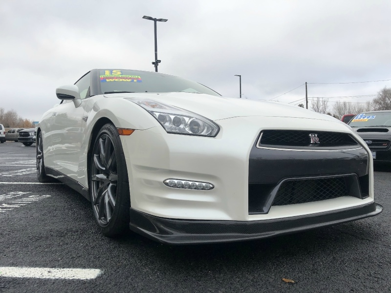Nissan GT-R Premium, FLAWLESS, LOW MILES, AWD!!! 2015 price $61,995