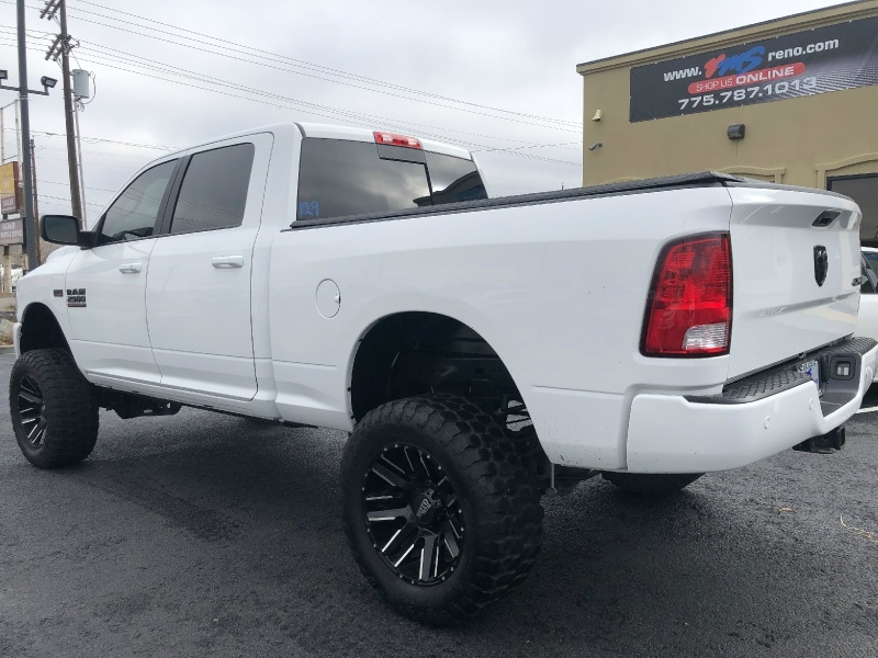 RAM 2500 Big Horn Hemi, Lifted, Beautiful Truck!!! 2017 price $40,395