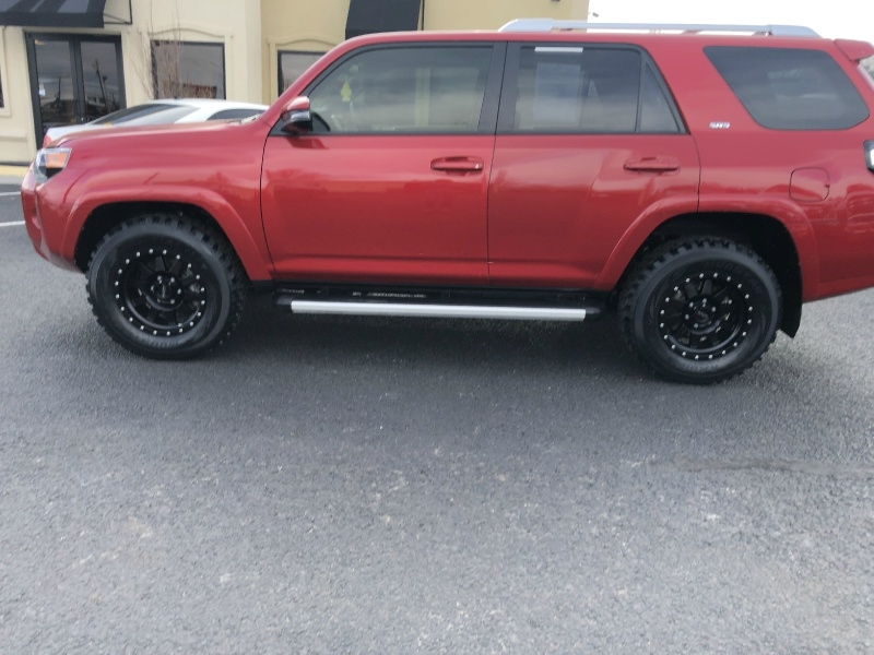 Toyota 4Runner 4WD, LOADED, WHEELS, BEAUTIFUL!!! 2017 price $30,995