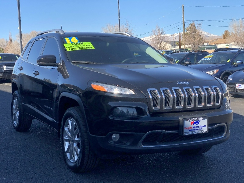 Jeep Cherokee Limited 4WD, LOADED, GREAT IN SNOW, LOW M 2016 price $17,995