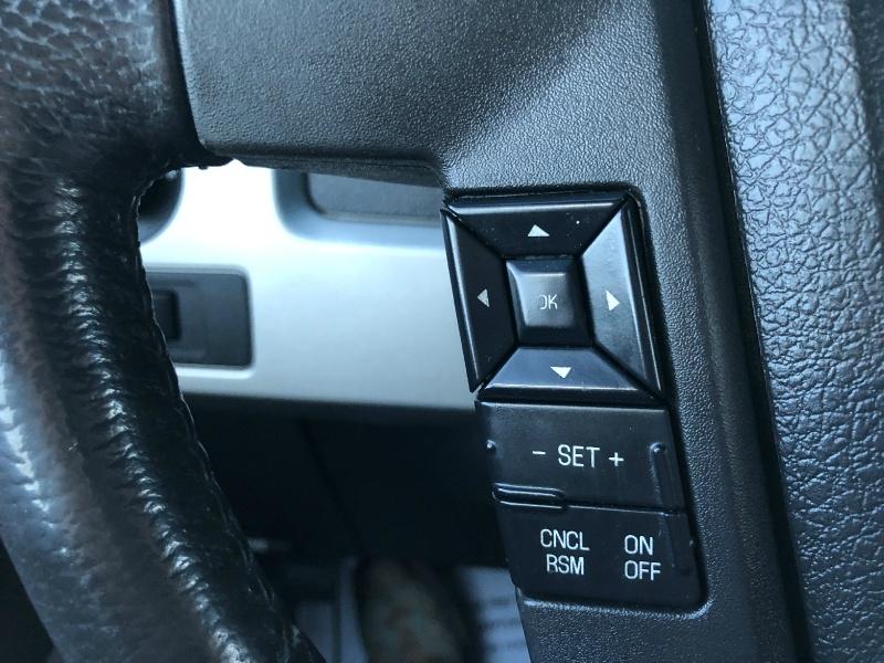 Ford F150 Lariat, LOADED, LOW MILES, LEER CAMPER!!!! 2013 price $23,199