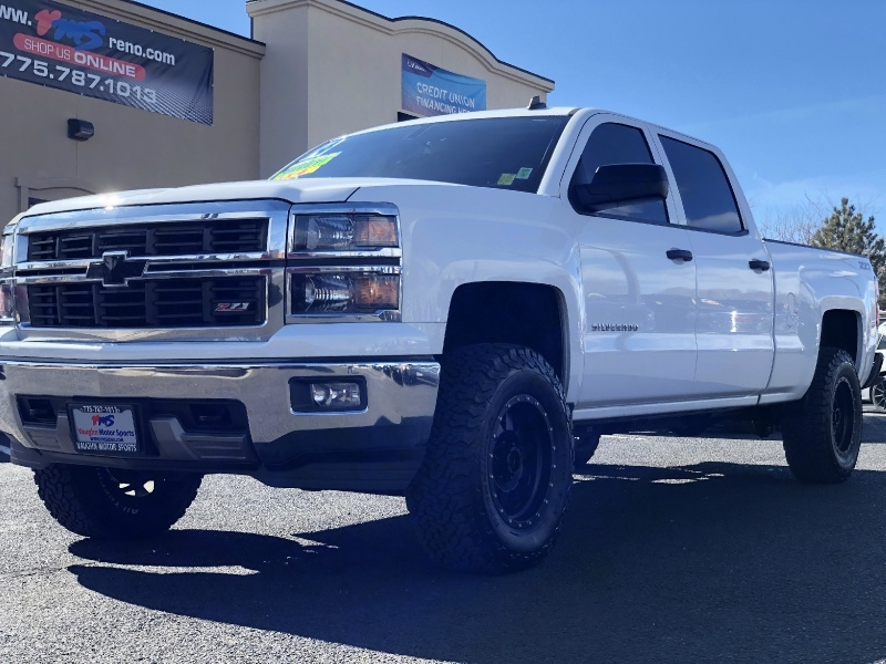 Chevrolet Silverado 1500 LT, LOADED, LOW MILES, LIFTED!!! 2014 price $27,495